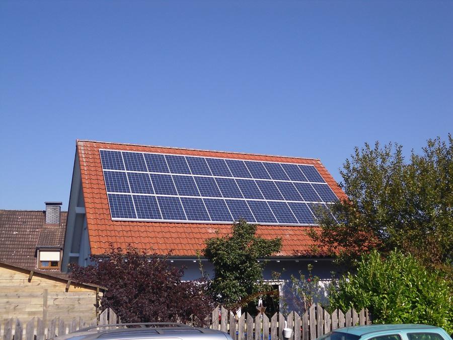 lebenswerte energien photovoltaik solarstromanlagen privat. Black Bedroom Furniture Sets. Home Design Ideas